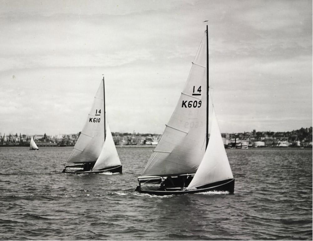 Geoff Smale's Atua-Hau (K610) and Zephyrantes (K609) Auckland 1953
