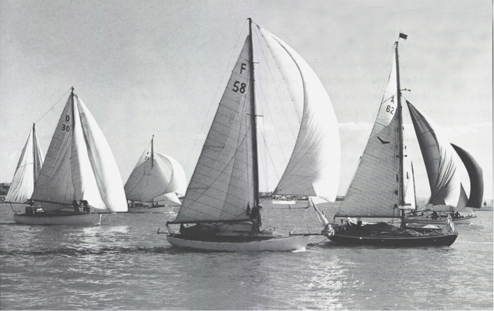 The start of the first Auckland to Suva Race 1956, from left Ranginui, Wanderer, Kismet and Daydream