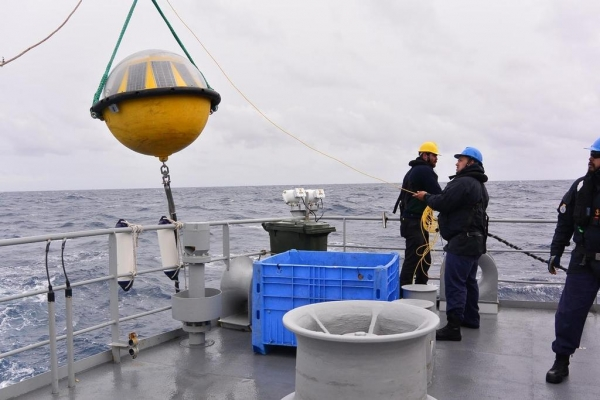 "Commodore Sally Garrett leads ""liquid Himalayas"" study"