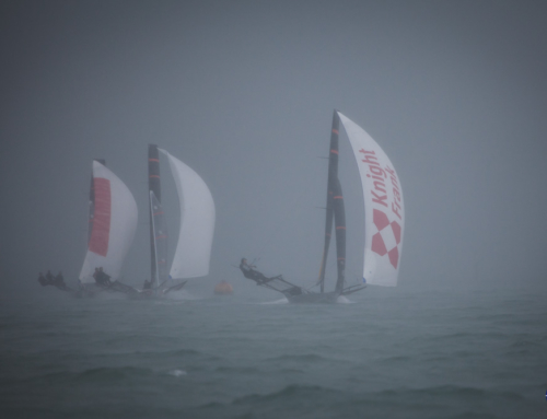 Wet and Wild start to 18′ Skiff Auckland Championship
